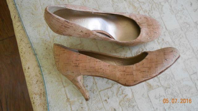 Ladies shoes 7 1/2; 8