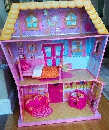 Attractive Lalaloopsy BIG Sew Magical House   With Furniture!