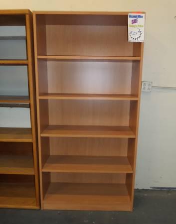 Laminate Bookshelf Honey Color 72