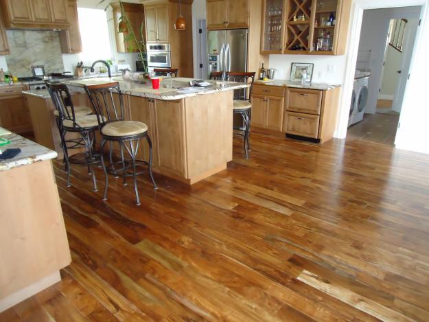 Laminate Flooring Liquidation All Month 12mm Heavy Duty 99 W