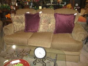 Lane couch & chair Timeless Consignment Milton for Sale