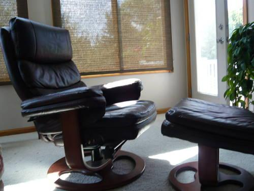 Lane Leather Chair Ottoman for Sale in Walker Michigan