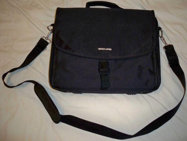 Laptop Notebook Computer Messenger Bag; Fits 15.6