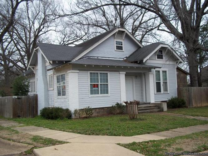 large 4 bedroom 5 full bath house for rent for sale in texarkana