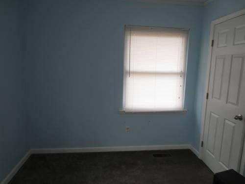 Large Bedroom for rent- share utilites- one