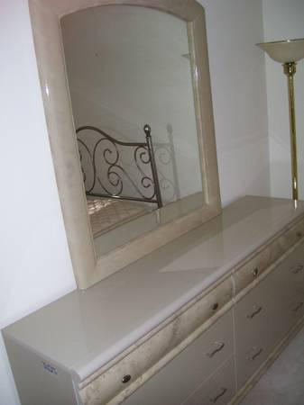 Large High End Dresser Amp Mirror Made In Italy Excd Smoke