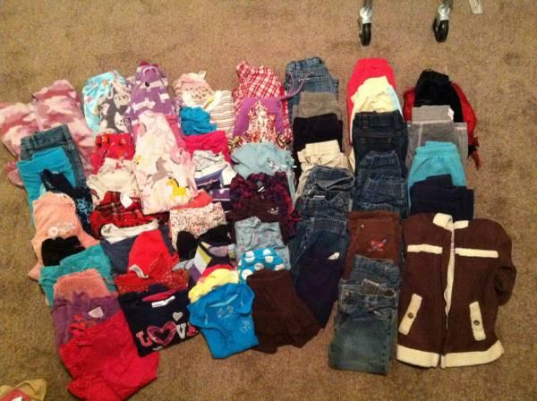 Large lot of Girls 3T clothes - $40