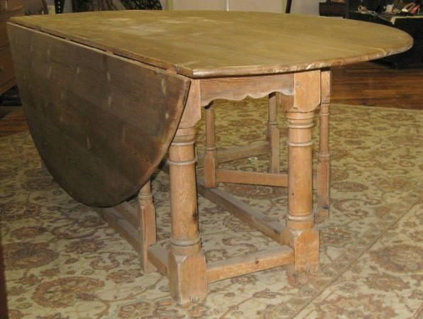 Oval Rustic Style Farm Table w Drop Leafs and Pedestal Base for Sale