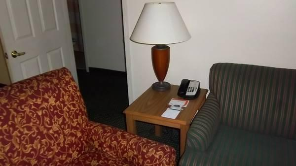 Large selection of used hotel lamps and floor lamps