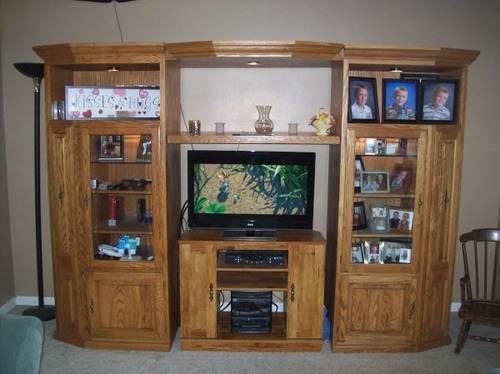 Large Solid Oak Entertainment Center And Display Cabinet For Sale In Elkhorn Nebraska