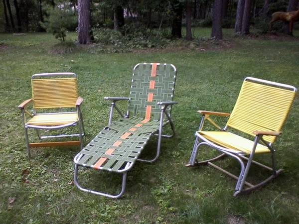 Lawn Furniture - Hunting Cabin, Cottage - $5