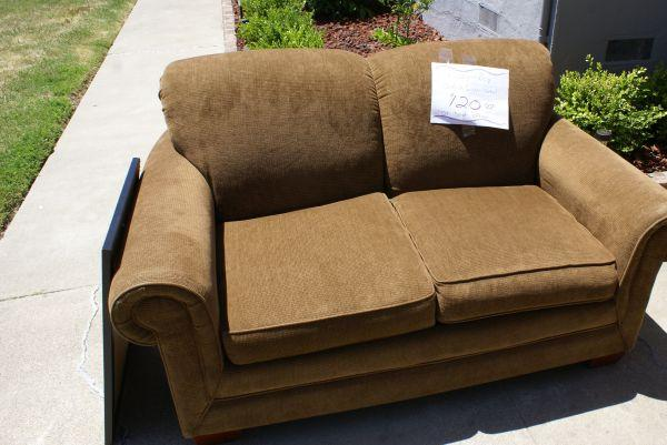 Lazy Boy Small Medium Brown Sofa Love Seat Great