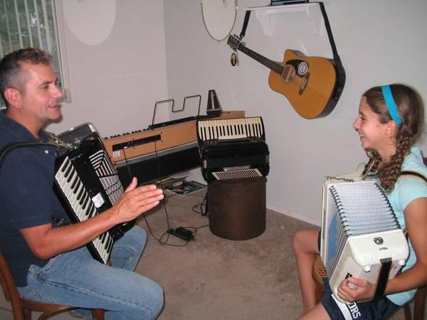 Learn Here How To Take Online Accordion Lessons