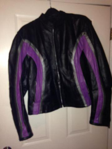 LEATHER LADIES RIDING JACKET