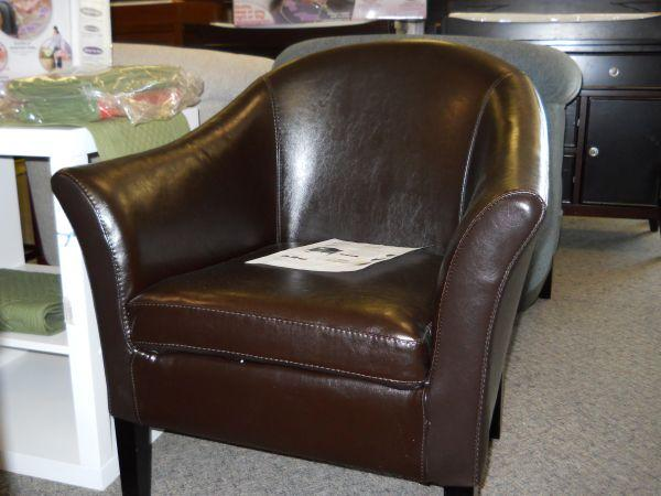 Leather Monte Carlo Club Chair We Shop 311 S Union Ave Springfield Mo For Sale In