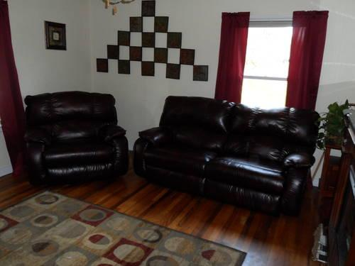 LEATHER SOFA / COUCH SET