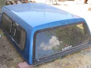 Leer Snug Top Camper Shell 62x75 - $200 (Stead)