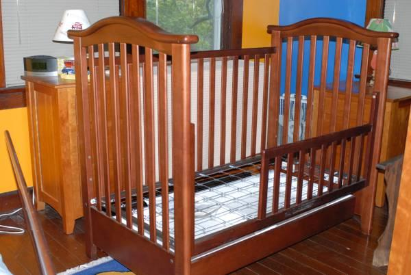 legacy single dropside crib toddler bed w drawer for