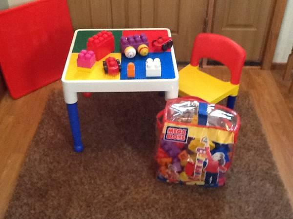 Lego Table With Reversible Top Chair Amp 90 Pcs Of Mega