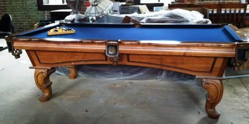 Gentil Leisure Bay Billiard/Pool Table With Accessories