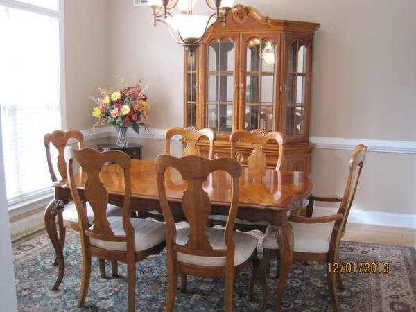 lexington dining room set for sale in evans  georgia