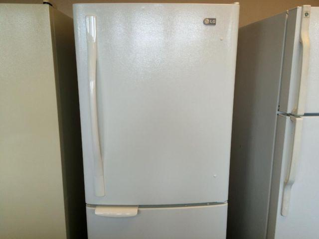 Lg White Bottom Freezer Refrigerator Used For Sale In