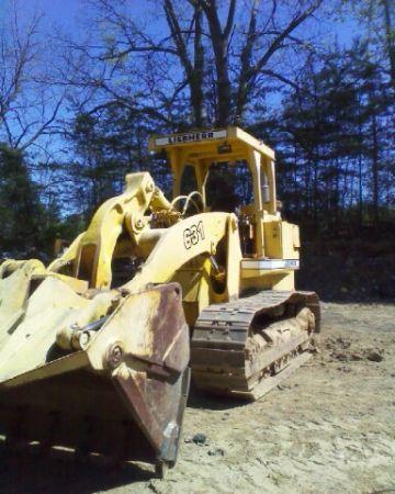Liebherr 631 Track Loader - $8000 (Fredericksburg)