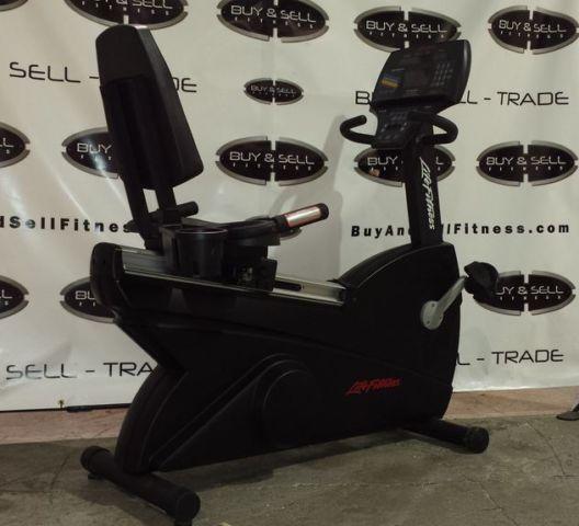 Life Fitness 9500HR Next Generation Recumbent Bike With