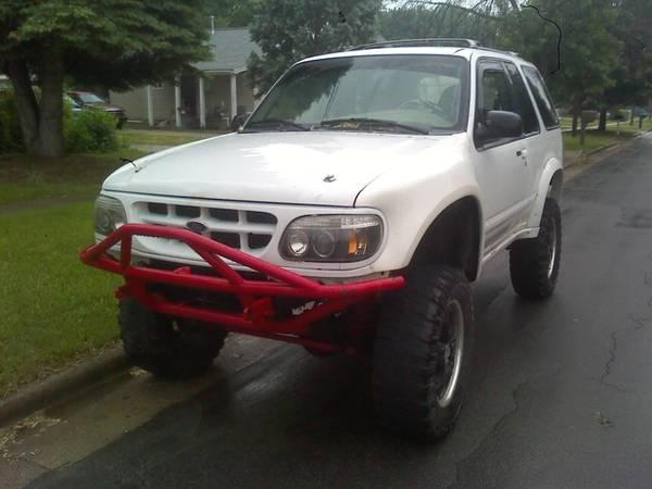 LIFTED 98 FORD EXPLORER - $2700