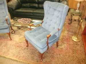 Light blue sitting room chair cb kutztown pa for for Furniture reading pa