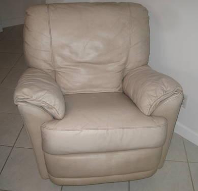 Light Tan Leather Recliner Chair For Sale In Hollywood Florida Classified