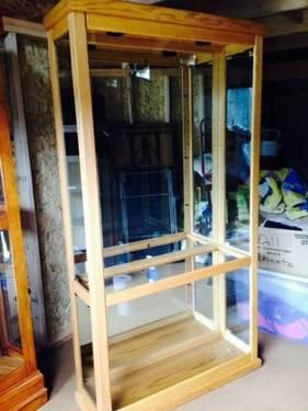 Lighted Curio Cabinet For Sale In Olympia Washington