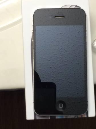 Like new 16gb iPhone 4S for verizon - $225