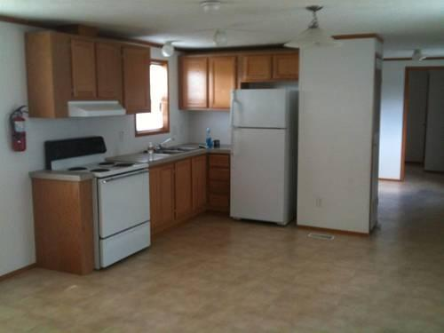 Like new 2006 redman mobile home 14 x 60 3 bedroom 1 One bedroom one bath mobile home