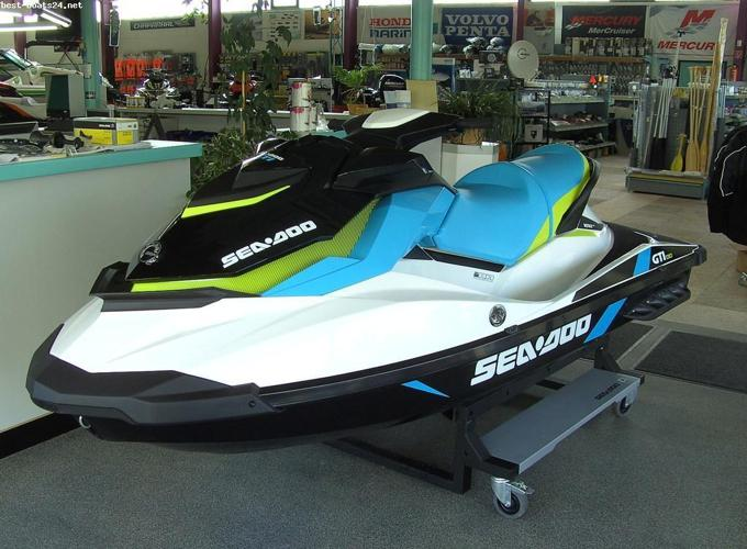 LIKE NEW 2016 Sea-Doo GTI 130 PACKAGE DEAL w/trailer and cover #P1551
