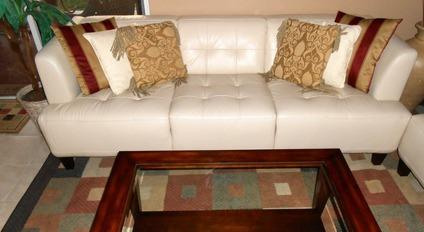Like New Alessia Pearl Leather Tufted Sofa By Macyu0027s