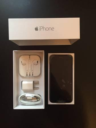 Like New Apple iPhone 6 Black 64GB for AT&T W/ Box and