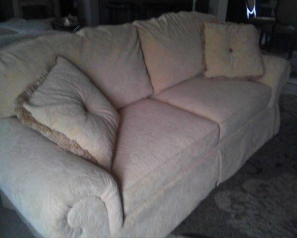 Like New Clayton Marcus Sofa And Matching Area Rug For Sale In