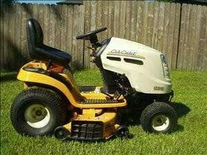 Like New Cub Cadet Lt1045 Riding Lawn Mower Vinita For