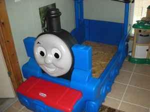 Like New Thomas Train Toddler Bed Oneida Ny For Sale