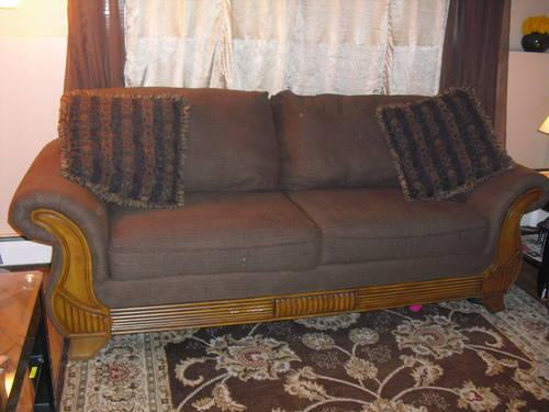 Like New West Elm Kilim Sofa Loveseat Couch Pottery Barn For Sale In