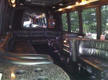 Limo Bus Ford E450 k28 2003
