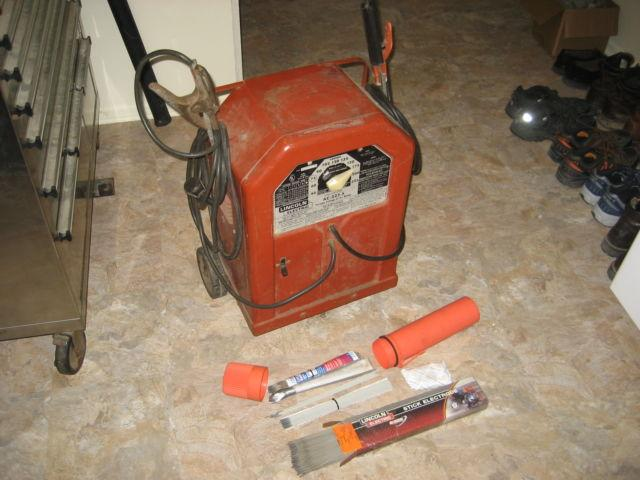Lincoln AC 225 S Arc Welder Stick Welder With Extras Works Great