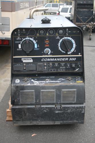 Lincoln Welder Generator - Commander 300
