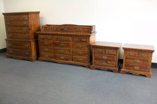 Link taylor pilgrim pine 5 piece bedroom set local for Taylor j bedroom furniture