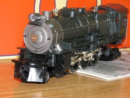 Lionel 6-28696 UP Berkshire Jr. Locomotive  Tender With Trainsounds S