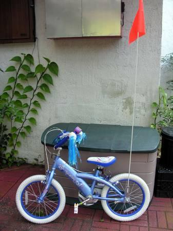 LITTLE GIRLS SCHWINN BIKE WITH EXTRAS - $75