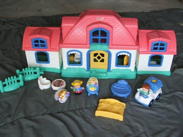Little People Sweet Sounds Home Dollhouse Playhouse