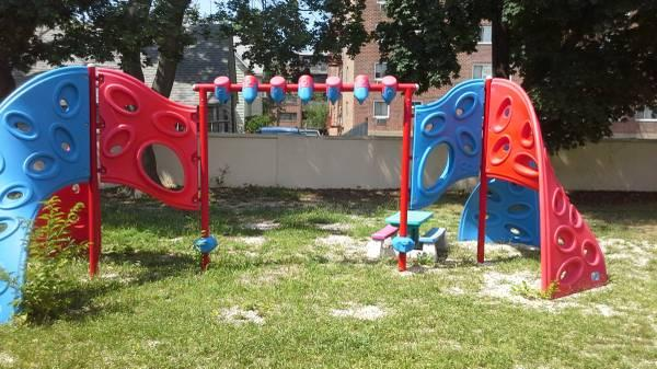 Little Tikes - Commercial Playground - Wings of Infinity Climber - $2675