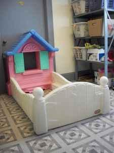 Little Tikes Cottage House Toddler Bed - (Romney Toy Shop ...